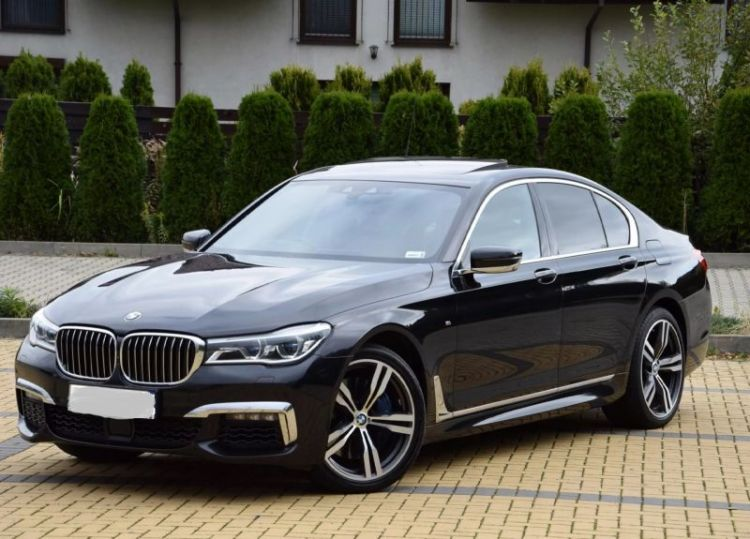 bmw-seater-car-rental-da-nang